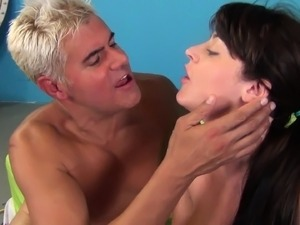 how to give squirting orgasm video
