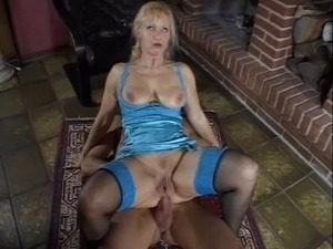 mature bubble butt wife