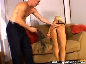 Hot girls spanking