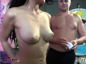 pictures of women with big tits
