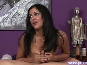 hot girl massage free video
