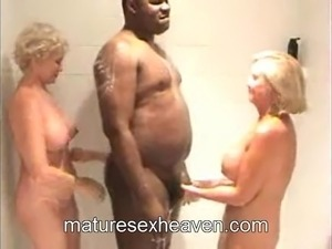 blonde amatuer swinger sex