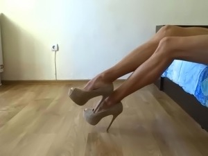 girls with thick legs porn