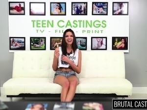amateur teen tricked casting group anal