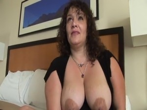 mommy gots boobs video