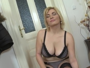 mother on daughter lesbian sex