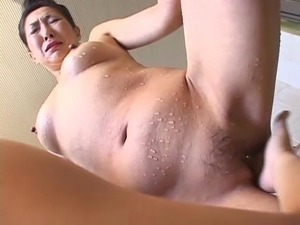 asian grannies big clit pics
