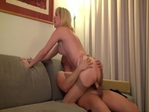free shemale pantyhose video