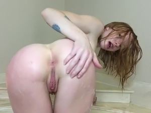barefoot redhead blowjob video