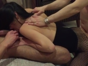 girlfriend stranger handjob