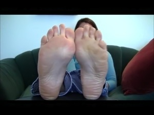 Teen socks feet