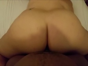 juicy ebony booty riding dick
