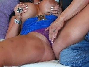 mature latina video