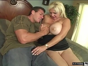 photo of big tit blonde lesbians