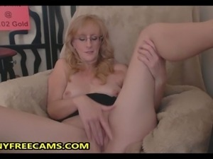 young woman fucking mature women