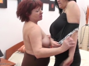 amateur videos of mature women