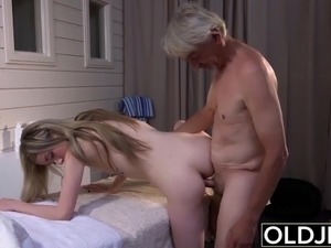 black dick fucking big white ass
