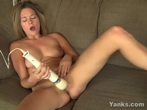 free girls playing with toys videos