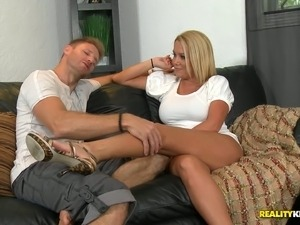 sexy blonde bitch passionately wanks