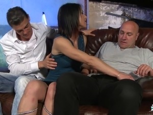 Randy woman wants to feel a couple of guys' throbbing love rods