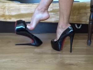 slutty wife high heel pussy