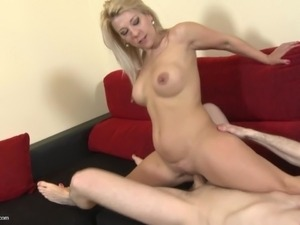 Mother daughter lesbian video