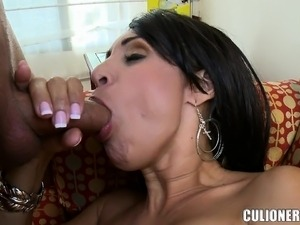 Indian house wife having sex