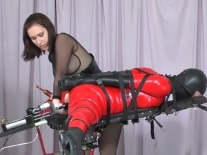 girl on fuck machine