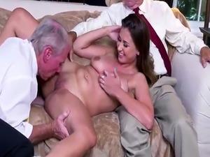search videos mom sex