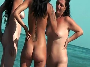 naked brazilian beach girls