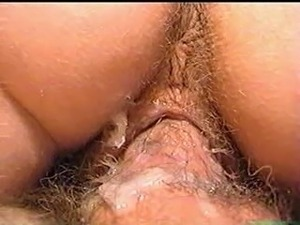 eating peeing pussy close ups