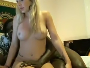 hot blonde girl masturbating