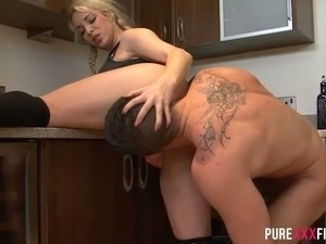 Sporty pigtailed hoe Victoria Summers gets wild with horny guest at kitchen