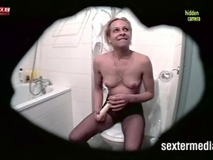 young wifes hairy pussy