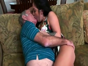 old man smells young pussy