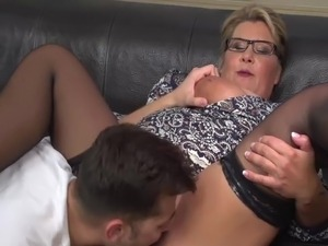 moms boys sex videos