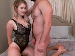 free strapon sex galleries