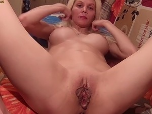 tight cougar pussy