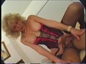 free hot older women anal vids
