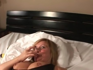 hot young blonde fingers herself