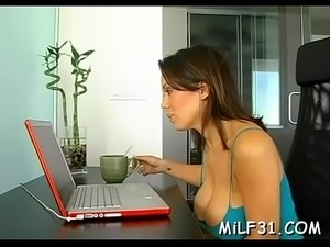 naked young mom videos