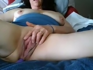 hairy cream filled pussy