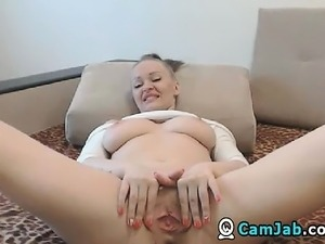 dirty blond shaved pussy masterbating