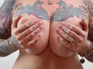 video naked oiling