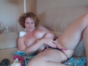 thick and busty porn vids