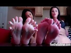 bare foot bad girls gallery