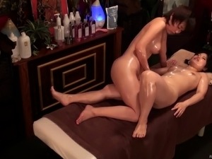 mature turkish pussy massage