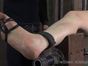 sexy bdsm bondage girls