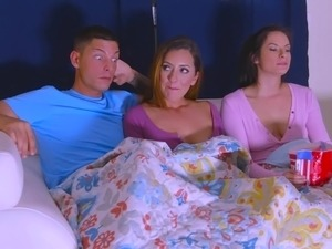 true amateur threesome sex videos