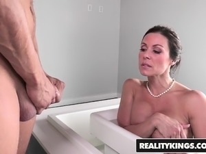 hot moms sex movies